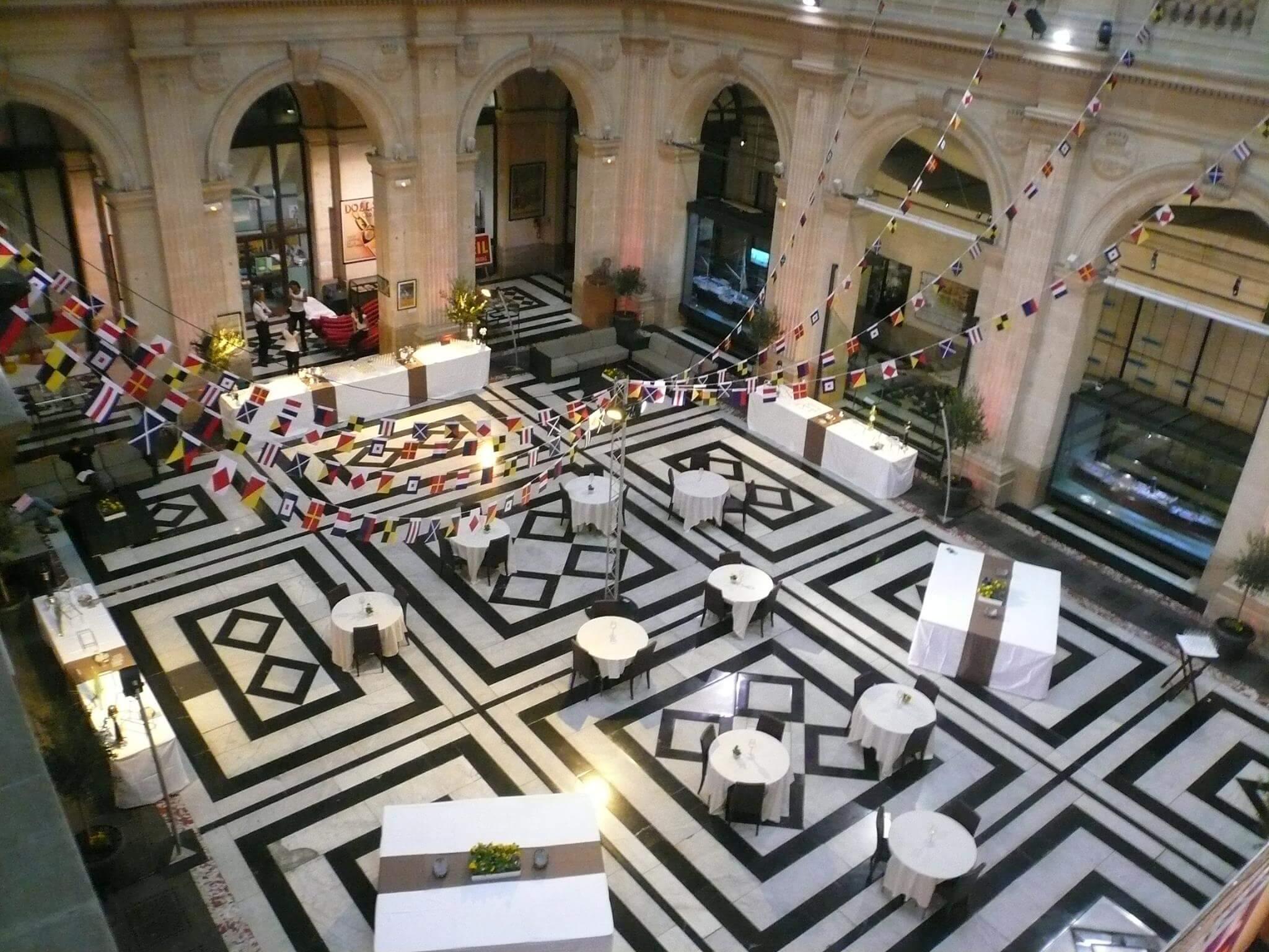 Traiteur enterprise prestation Palais de la Bourse - Marseille
