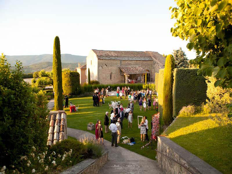 Traiteur mariage Abbaye de Saint Eusebe La Table de Charlotte Traiteur Pays d'Aix