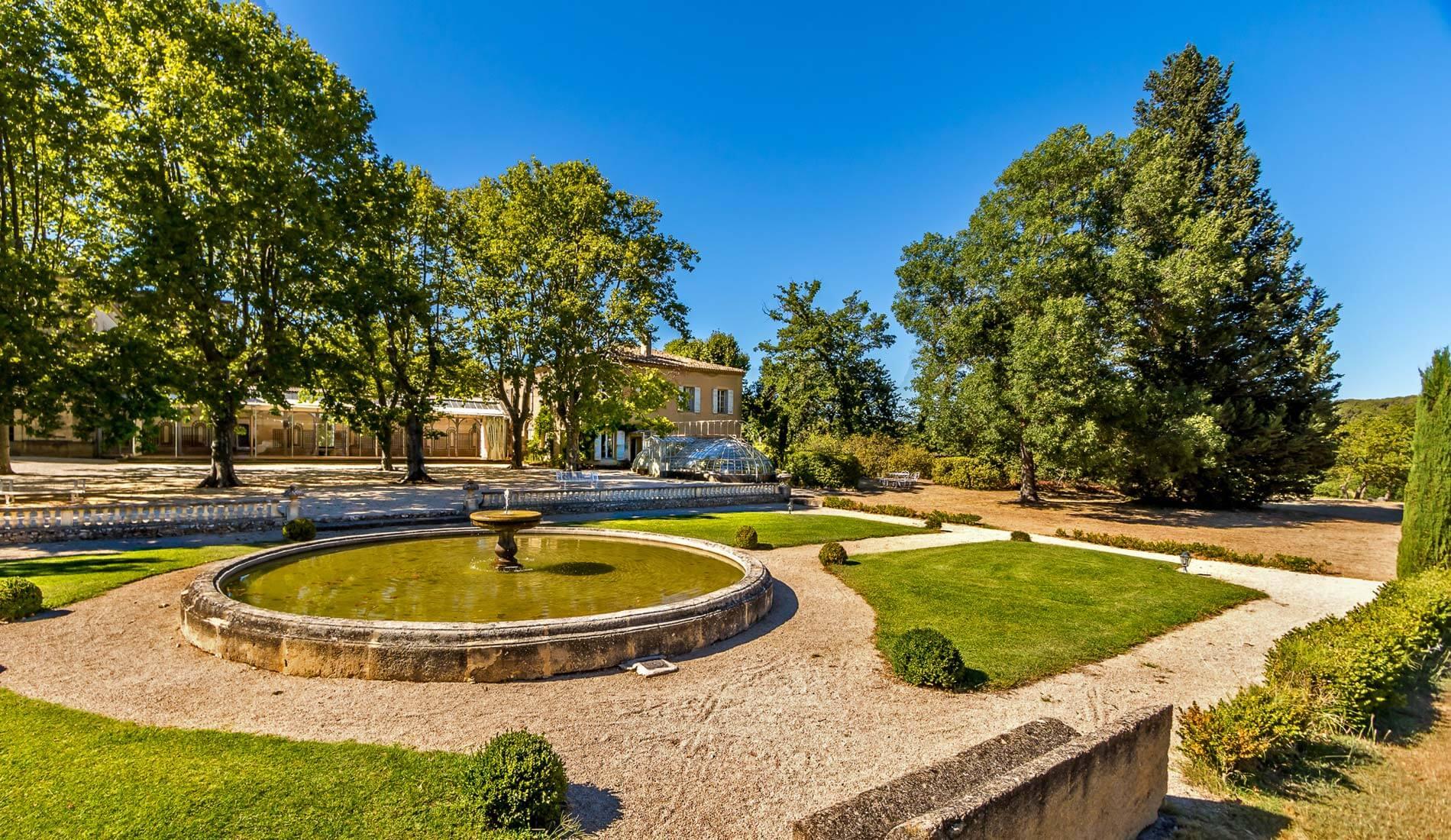 Château Valmousse traiteur mariage La Table de Charlotte Traiteur Pays d'Aix